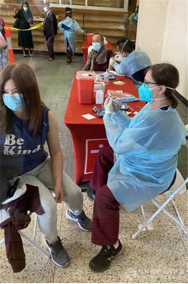 中国旅行警告降至1级 所有人入境LAX均可免费接种新冠疫苗